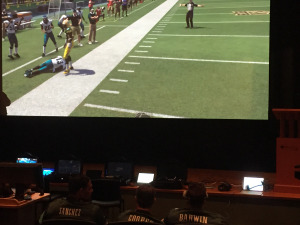 Eagles players challenge soldiers to a game of Madden. (credit: Justin Udo/KYW)